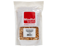Roasted-Whole-Cashews-mindful-snacks